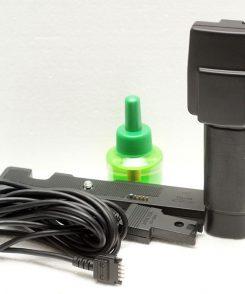 Ручка управления Minolta Control Grip CG-1000 вместе с контактной площадкой Minolta BR-1000 и синхрокабелем Minolta EC-1000
